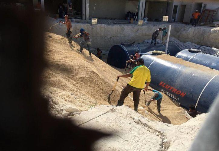 La Profepa informó que la dependencia encargada del seguimiento de la gasolinera de la zona hotelera de Cancún, es ASEA. (Redacción/SIPSE)