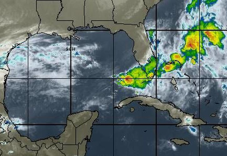 Entrada de aire marítimo tropical con moderado contenido de humedad procedente del Golfo de México y mar Caribe origina tiempo muy caluroso. (www.wsi.com)