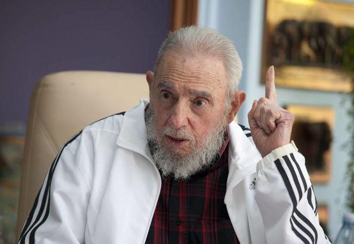 Fidel Castro vivió lo suficiente para ser testigo del inicio del deshielo de las relaciones diplomáticas entre Cuba y Estados Unidos. (Archivo/The Associated Press)