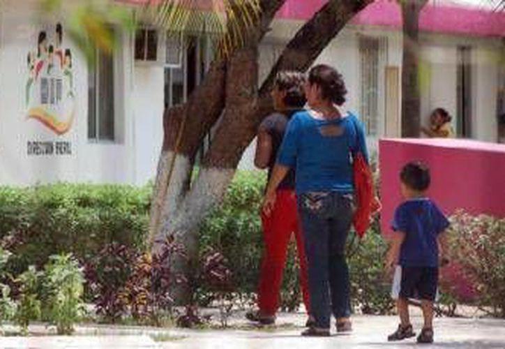 Las autoridades aseguraron al niño para salvaguardar su integridad. (Redacción/SIPSE)