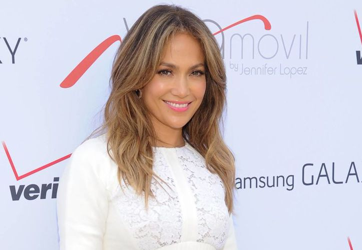 Jennifer López será reconocida por ser una mamá famosa y ejemplar. (Agencias)