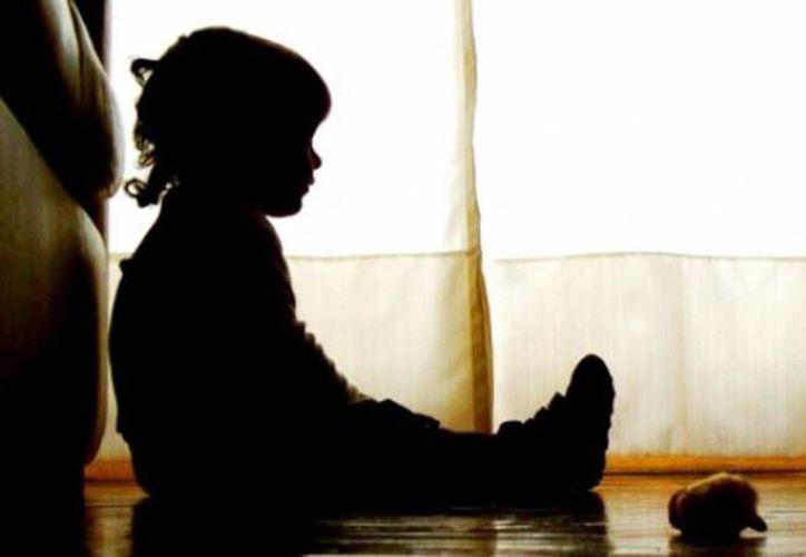 El caso de un padre que abusaba de sus hijos para grabarse y vender los videos, ha causado conmoción en Colombia. (Caracol Radio)