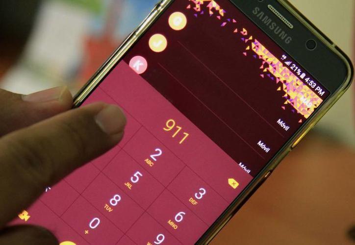 La aplicación del 911 hasta el momento está disponible para sistemas Android. (Archivo/SIPSE)