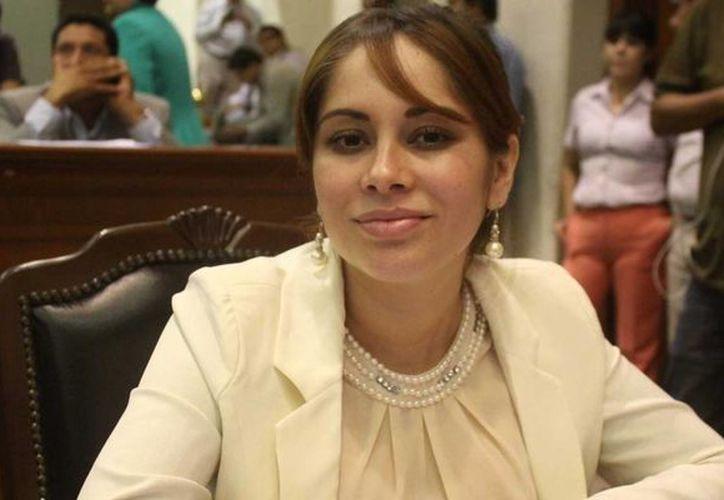 Lucero Guadalupe Sánchez está acusada por la PGR de presentar documentos falsos para visitar a Joaquín 'El Chapo' Guzmán en el penal del Altiplano. (elhorizonte.mx)