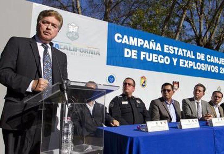 Francisco Vega LaMadrid participó en el cierre de la campaña de canje de armas en Tijuana. (bajacalifornia.gob.mx)