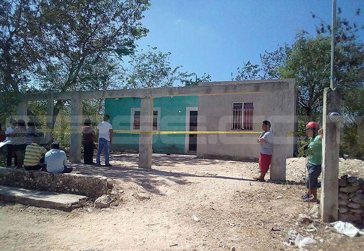 Los vecinos de la población de Ticimul, Umán, se mostraron bastante consternados ante el suicidio de un poblador. (SIPSE)