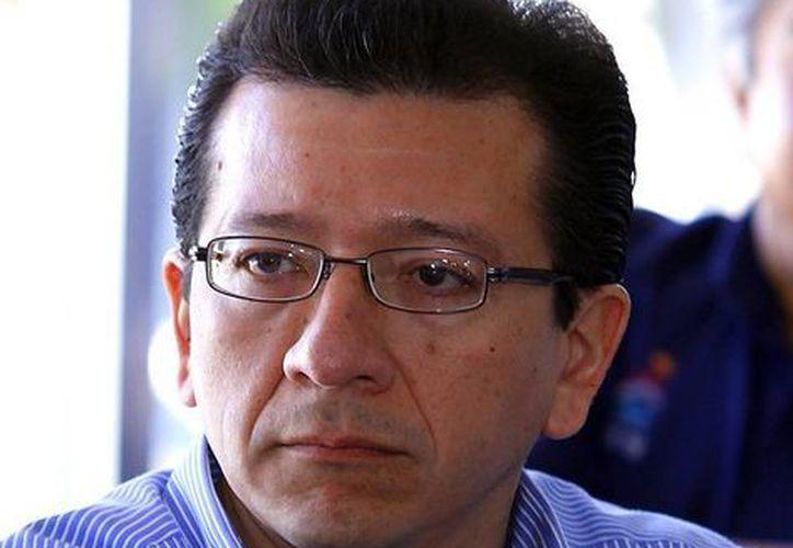El vocal ejecutivo del Registro Federal de Electores del INE Eliézer Serrano Rodríguez explicó sobre los puestos de votación. (Milenio Novedades)