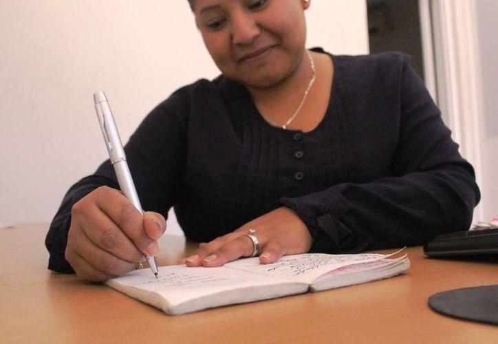La Sala de Lectura La Hojarasca en Playa del Carmen iniciará un curso intensivo para aprender a redactar. (Octavio Martínez/SIPSE)