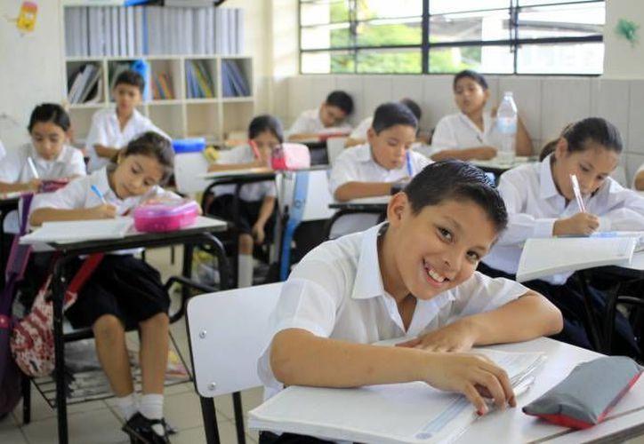 Los colegios privados tendrán que ajustar sus programas de estudio a los de la SEP. (Archivo/SIPSE)