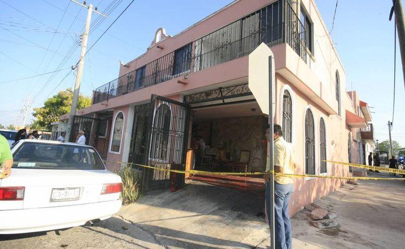 El escenario donde ocurrieron los hechos fue esta casa del fraccionamiento Fovissste Pensiones. (Jorge Sosa/SIPSE)