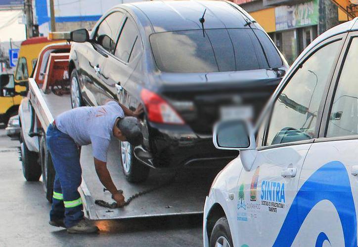 Para cubrir todo el estado en el tema del transporte, el presupuesto de $41.8 Mlls. de pesos es muy poco e insuficiente, ya que sólo  alcanzará para contratar a 15 inspectores, afirman. (Daniel Tejada/SIPSE)