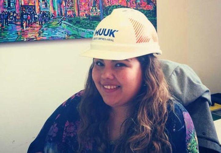 Con solo 22 años, Karla Ortiz decidió emprender un negocio con su hermano para poder sacar adelante a su familia. (Muuk')