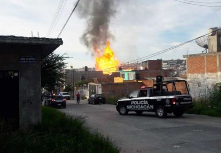 La explosión de un tanque estacionario para el almacenamiento de gas, dejó como saldo una persona fallecida. (Contramuro).
