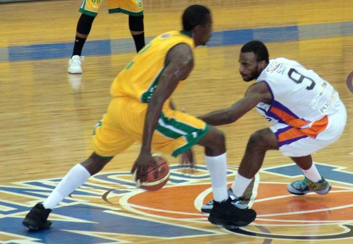 Pioneros de Q. Roo se alista para la recta final de la Liga Nacional de Baloncesto Profesional. (Redacción/SIPSE)