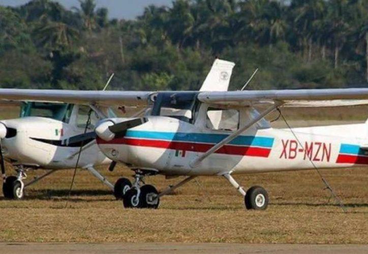 La avioneta está marcada con la matrícula XB-MZN C-152, y a bordo se encontraban dos tripulantes. (Excelsior/Especial)