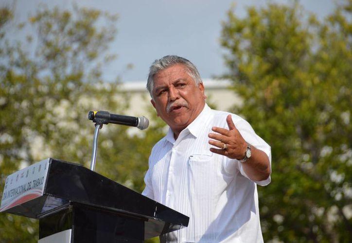 El líder del Sindicato de Trabajadores al Servicio del Poder Ejecutivo e Instituciones Descentralizadas de Yucatán, Jervis A. García Vázquez, destacó que uno de los valores que se fomentan en el gremio es el trabajo en equipo. (Milenio Novedades)