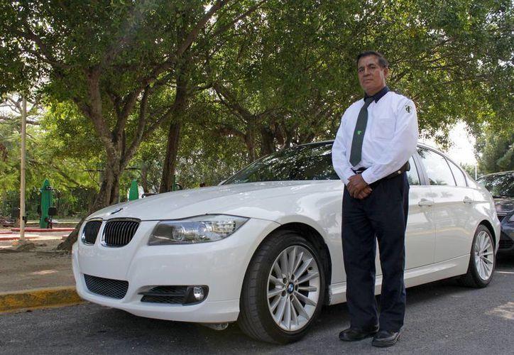 La funcionalidad de Taxi Premium comienza a través de la aplicación Quiero Taxi. (Jesús Tijerina/SIPSE)