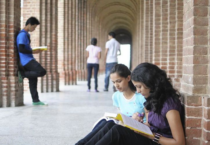 La app contiene información de 30 universidades nacionales, para que los estudiantes elijan. (Foto: Contexto)