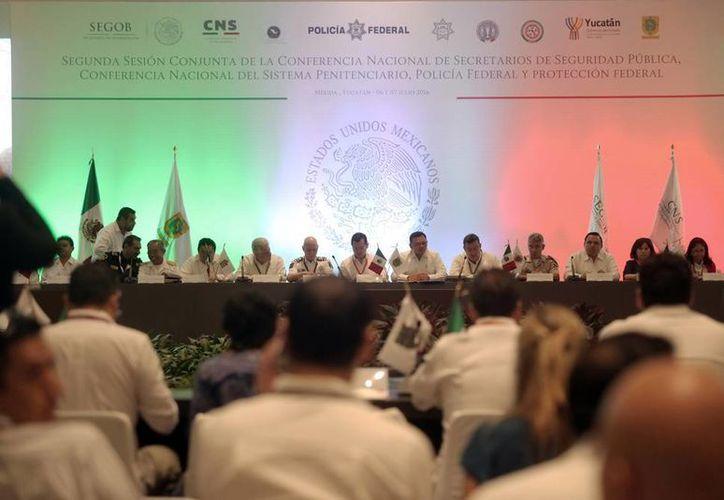 Durante la Conferencias Nacionales de Secretarios de Seguridad Pública, en Yucatán, se habló de los casos de secuestro virtual que van en aumento. (Amílcar Rodríguez/SIPSE)