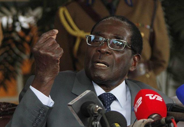 El presidente de Zimbabwe, Robert Mugabe, en imagen de archivo. (EFE)