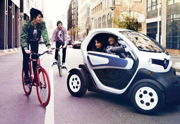 Con el Renault Twizy puedes recorrer 100 kilómetros y alcanzar máximo los 75km/h.  (Autofacil.es)