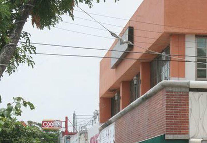 Es necesario cambiar la vocación de los negocios de la avenida Yaxchilán. (Jesús Tijerina/SIPSE)