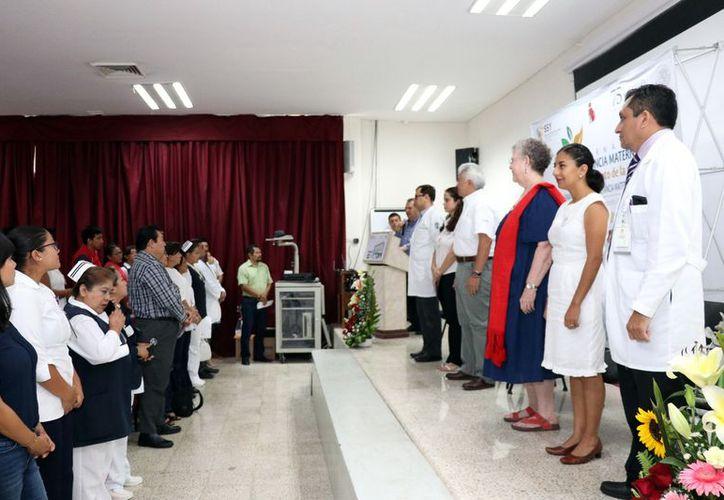 La Jornada de Lactancia Materna 2018 fue realizada ayer en el auditorio del Hospital O'Horán. (Daniel Sandoval/Milenio Novedades)