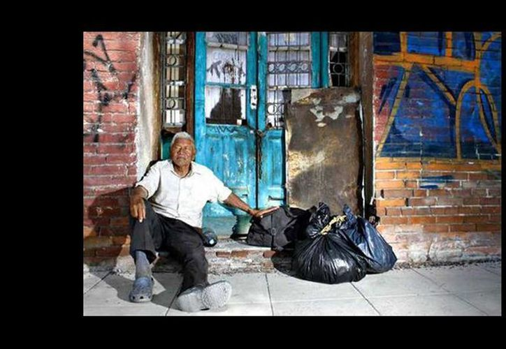 José Ceniceros, agricultor poblano, llegó a Torreón sin saber que tendría que vivir en las calles. (Alberto Robledo Cervantes/Milenio)