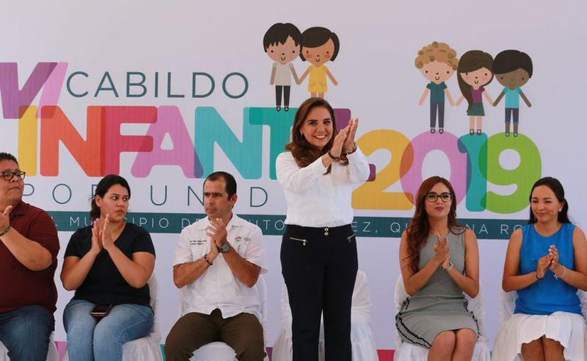 La presidenta municipal, Mara Lezama, afirmó que la cultura de la participación democrática comienza desde la infancia. (Redacción)