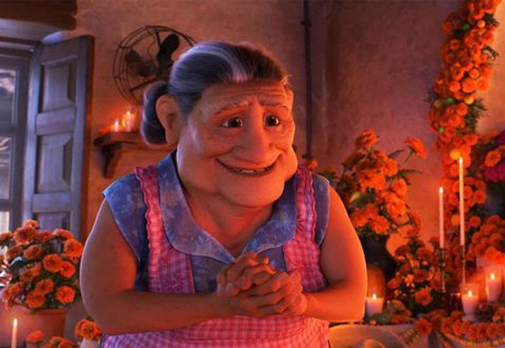 La voz de Abuelita en 'Coco' estuvo a cargo de Angélica María. (Foto: Disney Wiki - Fandom)