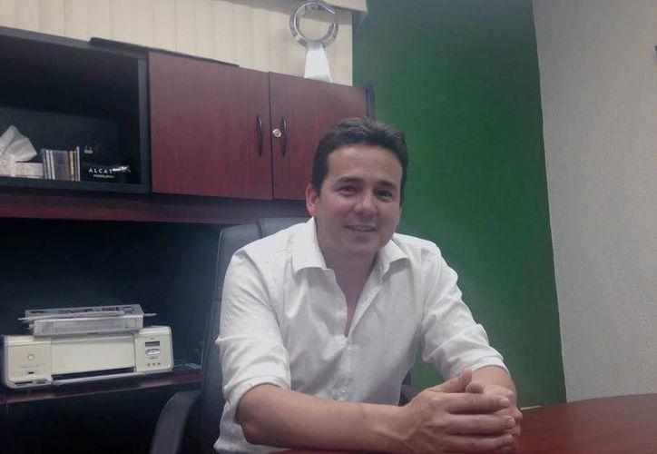 Enríquez López explicó que actualmente los gobiernos estatal y federal, las financieras y fondos de inversión ofrecen programas de apoyo económico a las empresas. (Milenio Novedades)