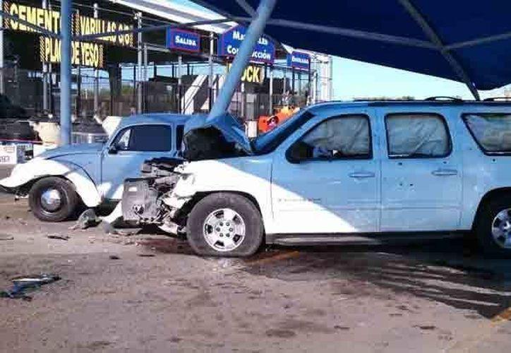 En estas condiciones quedó la camioneta de Javier Rosas luego de la balacera en Culiacán. (ndmx.com)