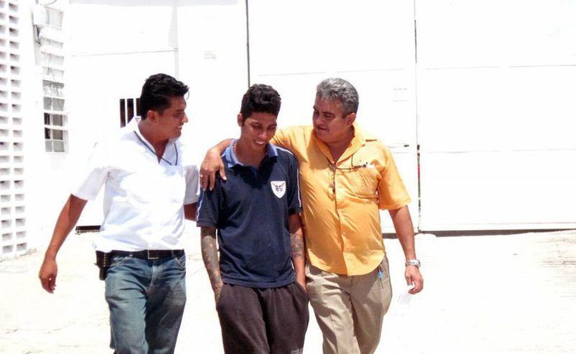 Delio Manuel Tec fue detenido en cumplimiento a una orden de aprehensión girada por el Juez Primero Penal de Primera Instancia de Cancún. (Francisco Puerto/SIPSE)