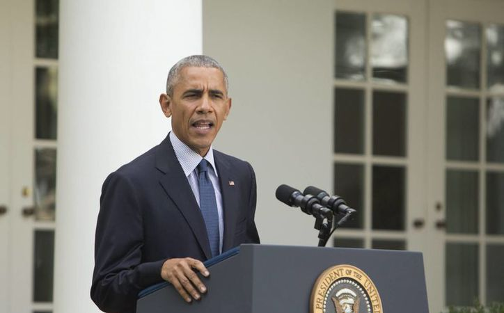Barack Obama cree que Donald Trump es tan inseguro que intenta encumbrarse rebajando a otros. (EFE)