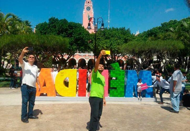 La campaña  #VenaMéridaBlanca se lanzó el 21 de octubre del año pasado, y tiene como fin que la ciudad tenga presencia en redes sociales con el fin de atraer más turistas. (Archivo/ Milenio Novedades)