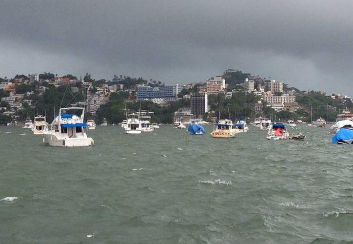 La Conagua llamó a los navegantes a extremar precauciones por los efectos de la depresión tropical número  cinco en el Atlántico. (Notimex)