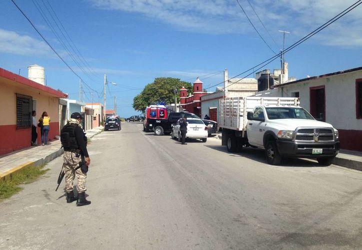 Esta mañana un hombre de 38 años falleció en la calle 104 entre 29 y 31 de Progreso. (Gerardo Keb(Milenio Novedades)