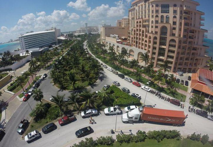 El mercado estadounidense elige a Cancún para vacacionar. (Israel Leal/SIPSE)