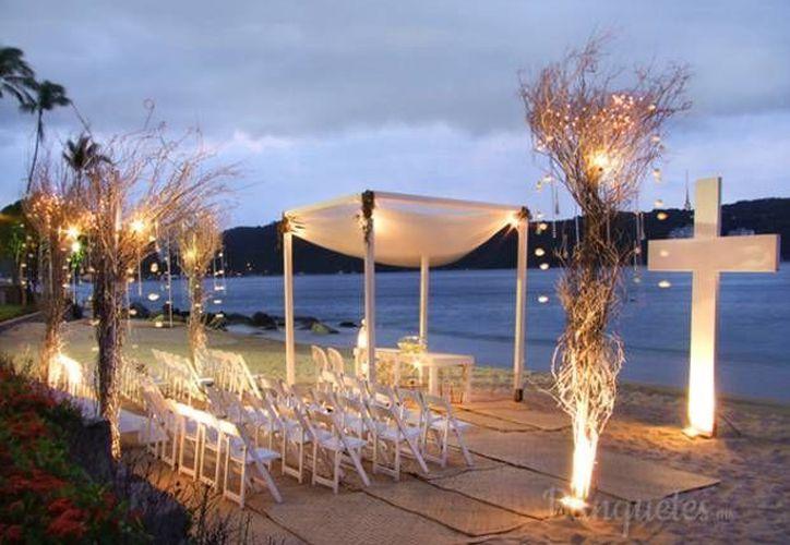 La empresa Caty Gómez se dedica a la planeación y diseño de celebraciones. (Israel Leal/SIPSE)