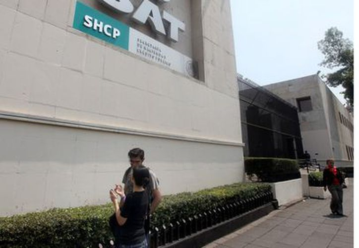 Los mexicanos quieren que el gobierno informe sobre cómo gasta sus impuestos. (Agencia Reforma)