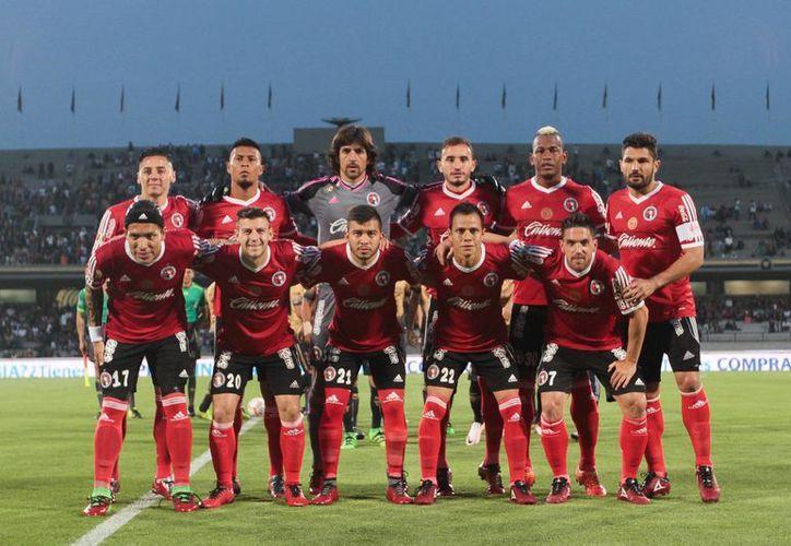 Xolos de Tijuana es uno de los principales afectados, pues su plantilla del Clausura 2016 tiene doce jugadores no nacidos en México. (Imagenes de Notimex)