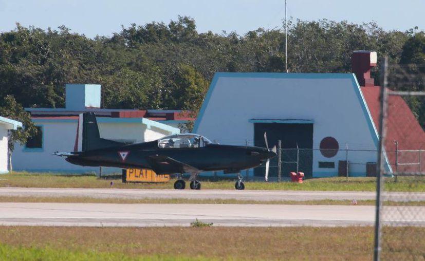 Ocho nuevos aviones reemplazarán a las aeronaves más antiguas de la Base Aérea Militar Número 4. (Gustavo Villegas/SIPSE)