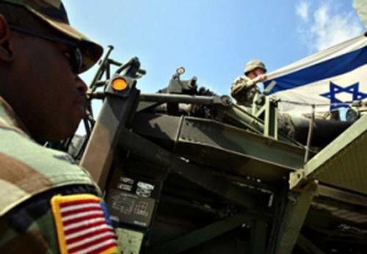 Todavía no está claro por qué no se retiró la información confidencial militar. (Archivo/Reuters)