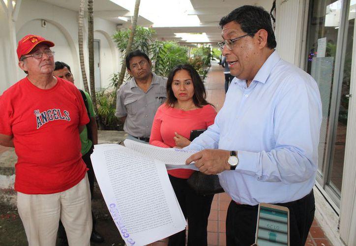 El abogado de los maestros dijo que en la segunda semana de enero emitirán amparo para que sea turnado al Colegio de Circuito. (Joel Zamora/SIPSE)
