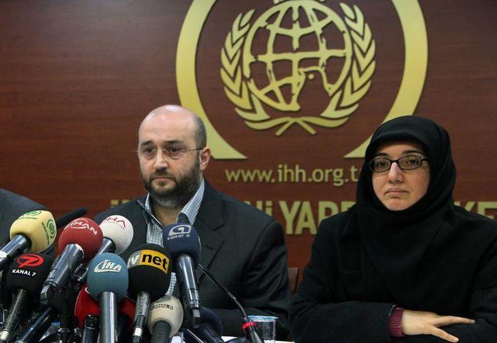 El secretario general de la fundación, Yasa Kurtluay, señaló que las oficinas que fueron registradas sin la orden pertinente de allanamiento. (Agencias)