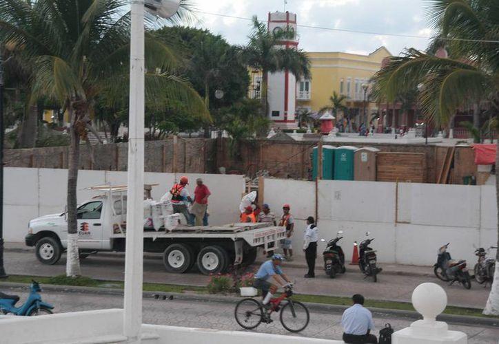 El predio donde está la construcción se ubica en el parque Benito Juárez. (Julián Miranda/SIPSE)