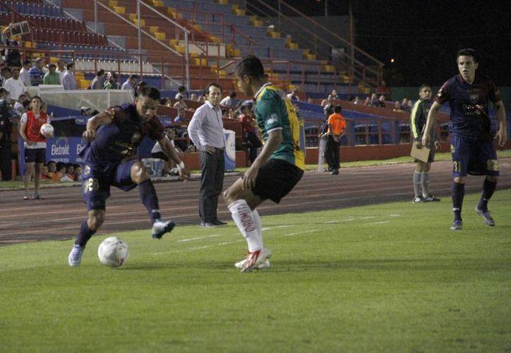 En la segunda mitad, los Potros anotaron los dos goles. (Tomás Álvarez/SIPSE)