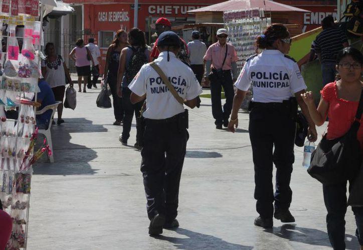 Los policías encabezan las quejas en la Comisión Estatal de los Derechos Humanos.  (Eddy Bonilla/SIPSE)