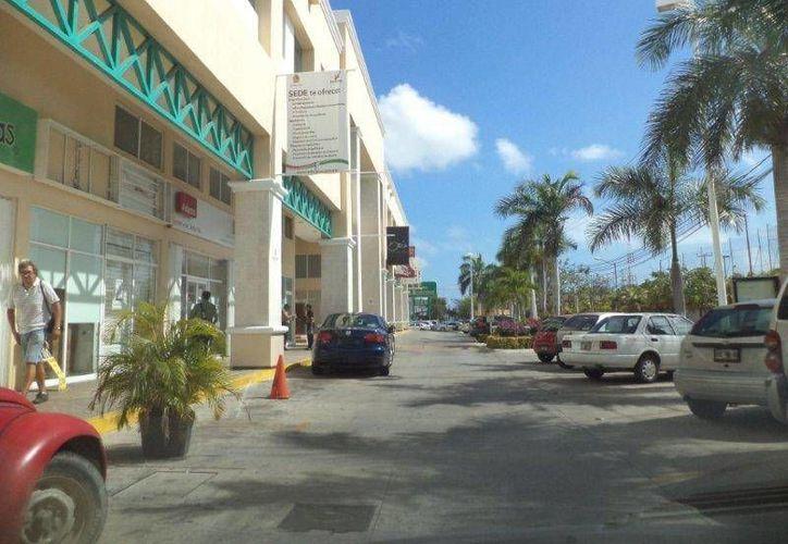 Los cursos se imparten en las oficinas de la SEDE en plaza Las Palmas en Cancún. (Contexto/Internet)