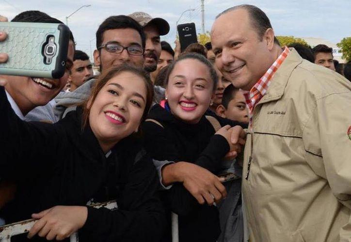 César Duarte está a dos meses de dejar el gobierno de Chihuahua. (facebook.com/cesarduartejaquez)